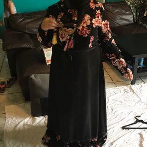 Abaya traditional dress